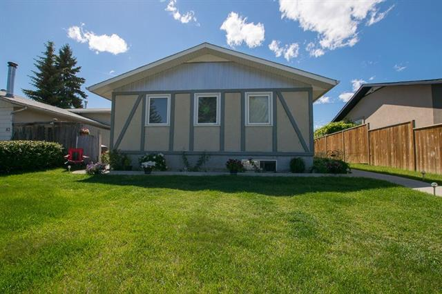 Sold: 87 Pensville Road Southeast, Calgary, AB