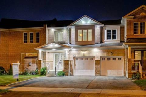 Townhouse for sale at 87 Spicebush Terr Brampton Ontario - MLS: W4550099