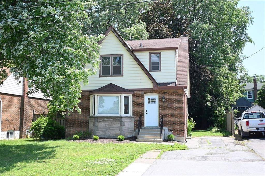 House for sale at 87 5th St West Hamilton Ontario - MLS: H4071009