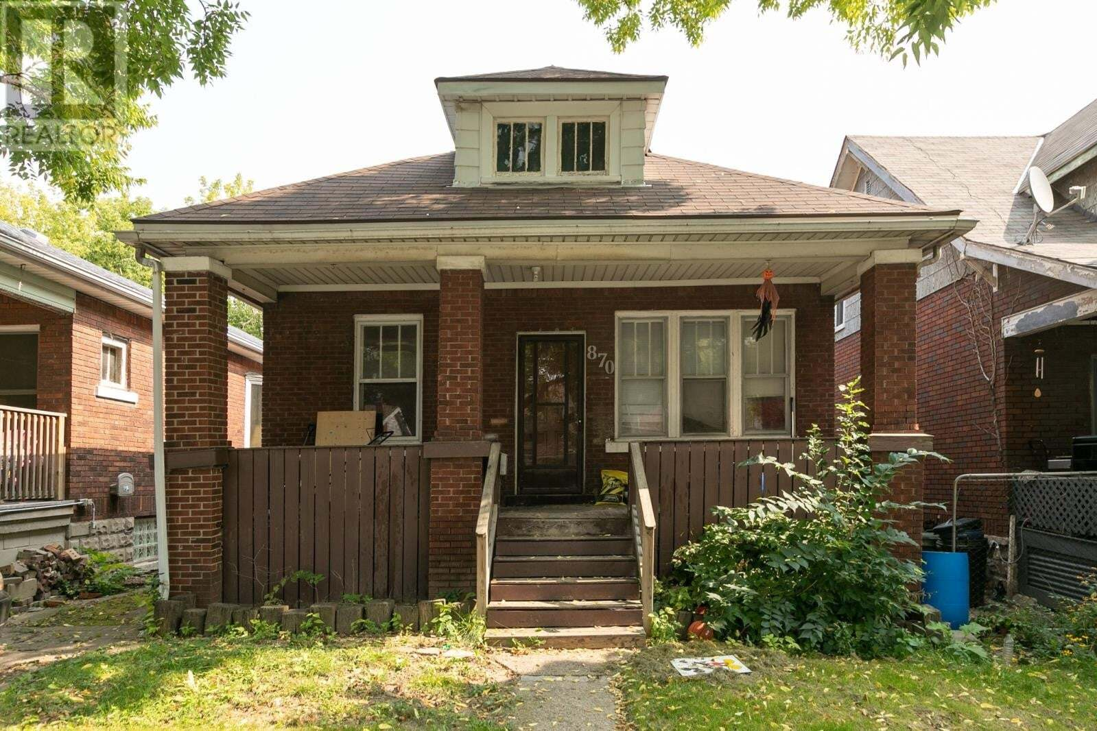House for sale at 870 Curry  Windsor Ontario - MLS: 20012668