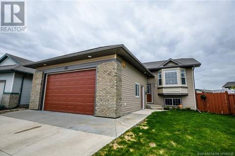 House for sale at 8705 66 Ave Grande Prairie Alberta - MLS: GP205539