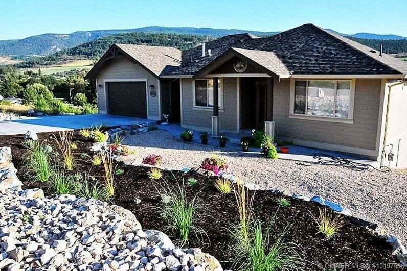 House for sale at 8706 Braeburn Pl Coldstream British Columbia - MLS: 10197596