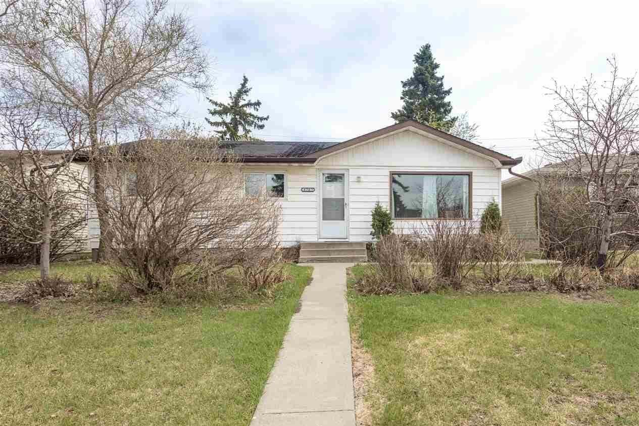 House for sale at 8707 52 St NW Edmonton Alberta - MLS: E4193638
