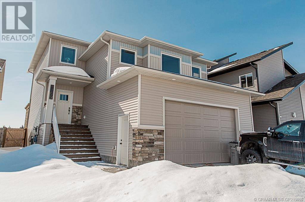 House for sale at 8709 122 Ave Grande Prairie Alberta - MLS: GP215050