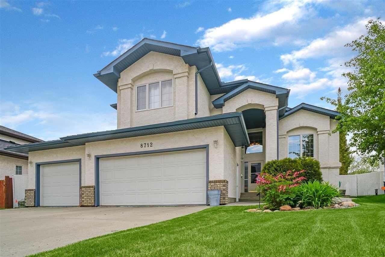 House for sale at 8712 159a Av NW Edmonton Alberta - MLS: E4200453