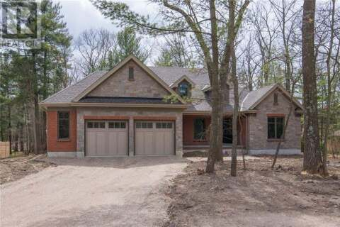 House for sale at 8713 Timberwood Tr Grand Bend Ontario - MLS: 30803005