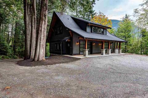 House for sale at 872 Hot Springs Rd Harrison Hot Springs British Columbia - MLS: R2408308