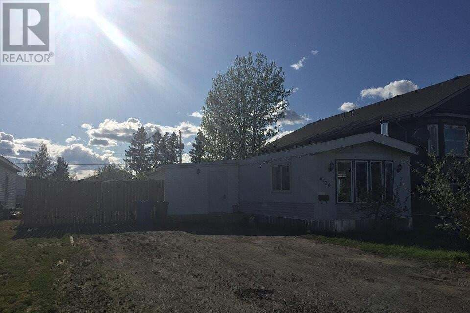 Home for sale at 8720 77 St Fort St. John British Columbia - MLS: R2460509