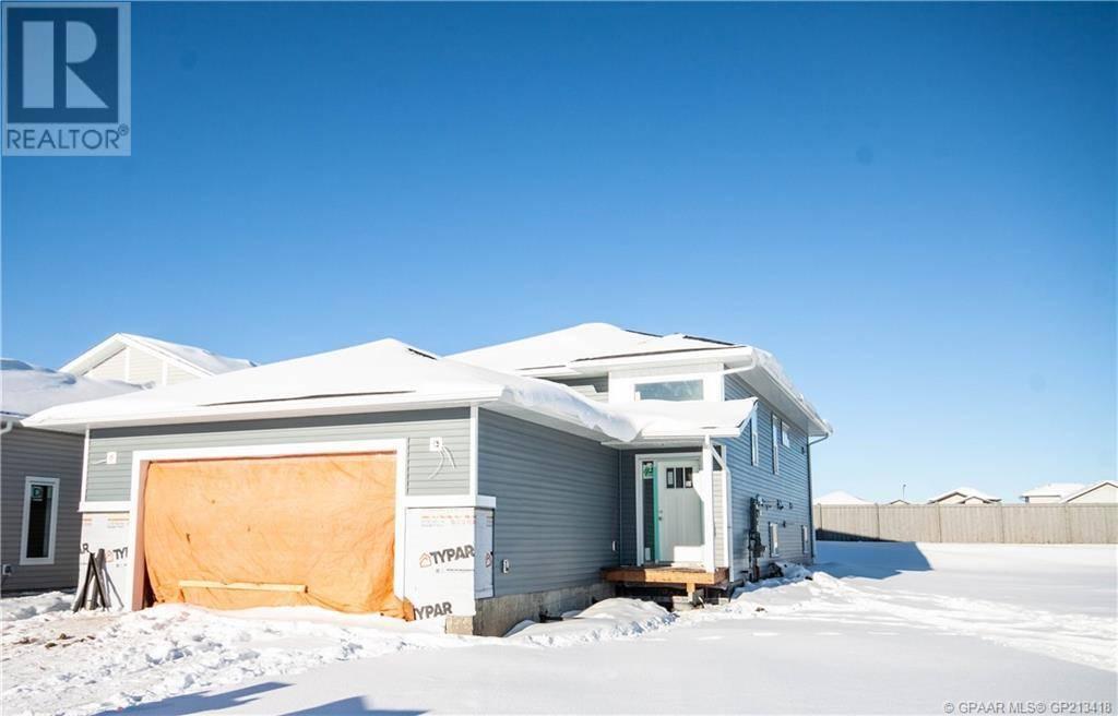 Townhouse for sale at 8726 83 Ave Grande Prairie Alberta - MLS: GP213418
