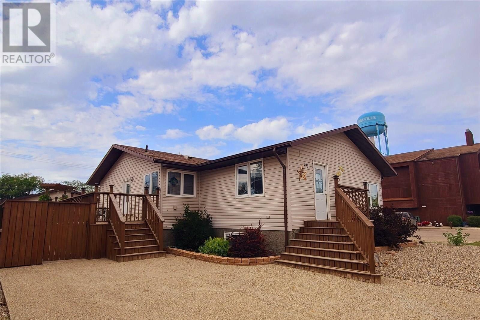 House for sale at 873 Scotia St Melville Saskatchewan - MLS: SK834795