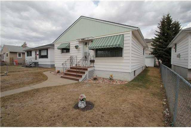 House for sale at 8730 81 Ave Nw Edmonton Alberta - MLS: E4166645