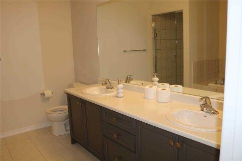 House for rent at 8771 Chickory Dr Niagara Falls Ontario - MLS: X5002293