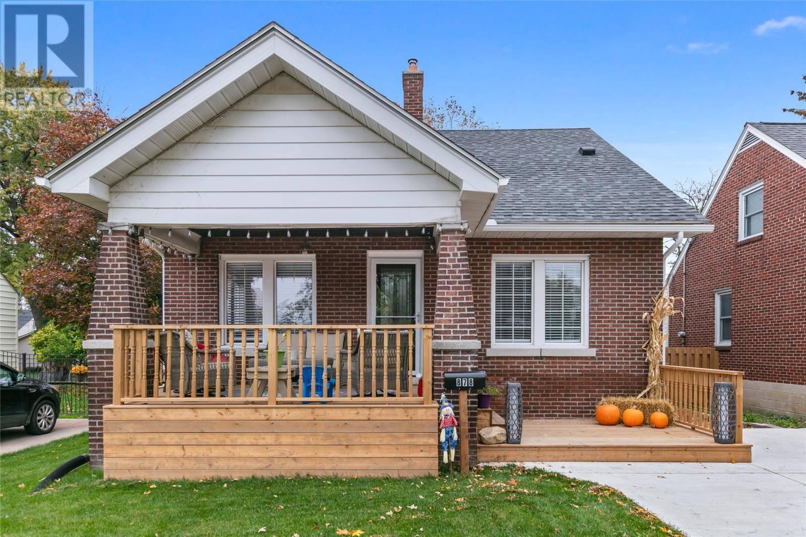 House for sale at 878 Glidden  Windsor Ontario - MLS: 19027602
