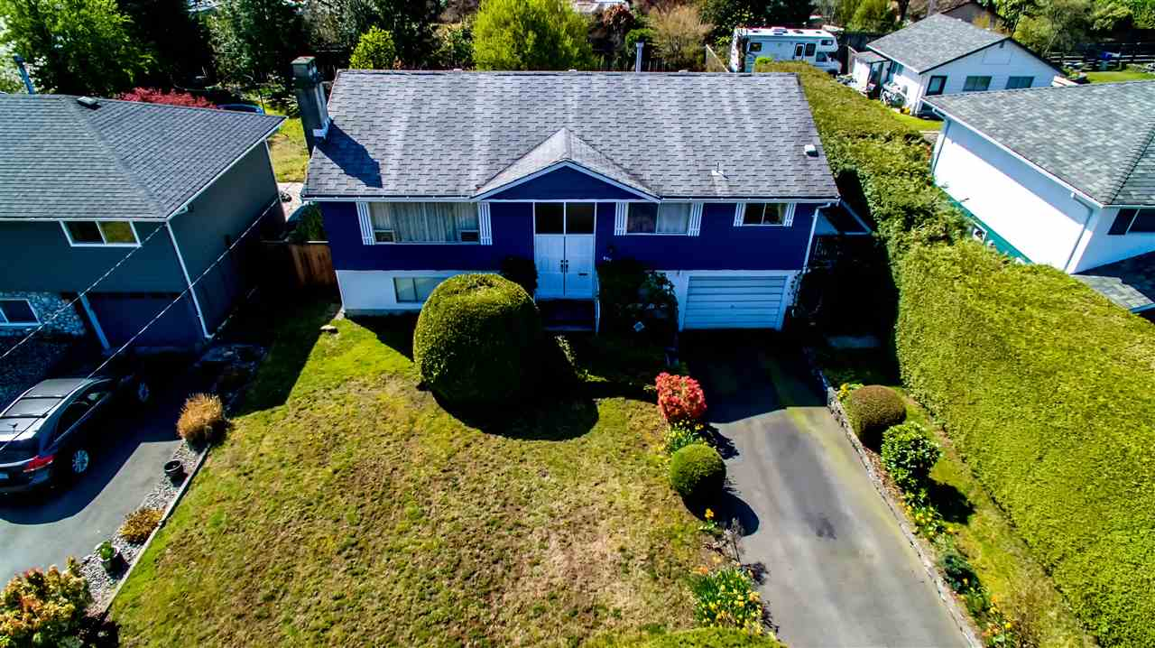 Sold: 879 East 16th Street, North Vancouver, BC