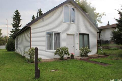 House for sale at 88 2nd St W St. Walburg Saskatchewan - MLS: SK782255