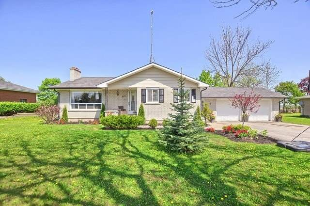 For Sale: 3824 County 88 Road, Bradford West Gwillimbury, ON | 3 Bed, 2 Bath House for $799,900. See 2 photos!