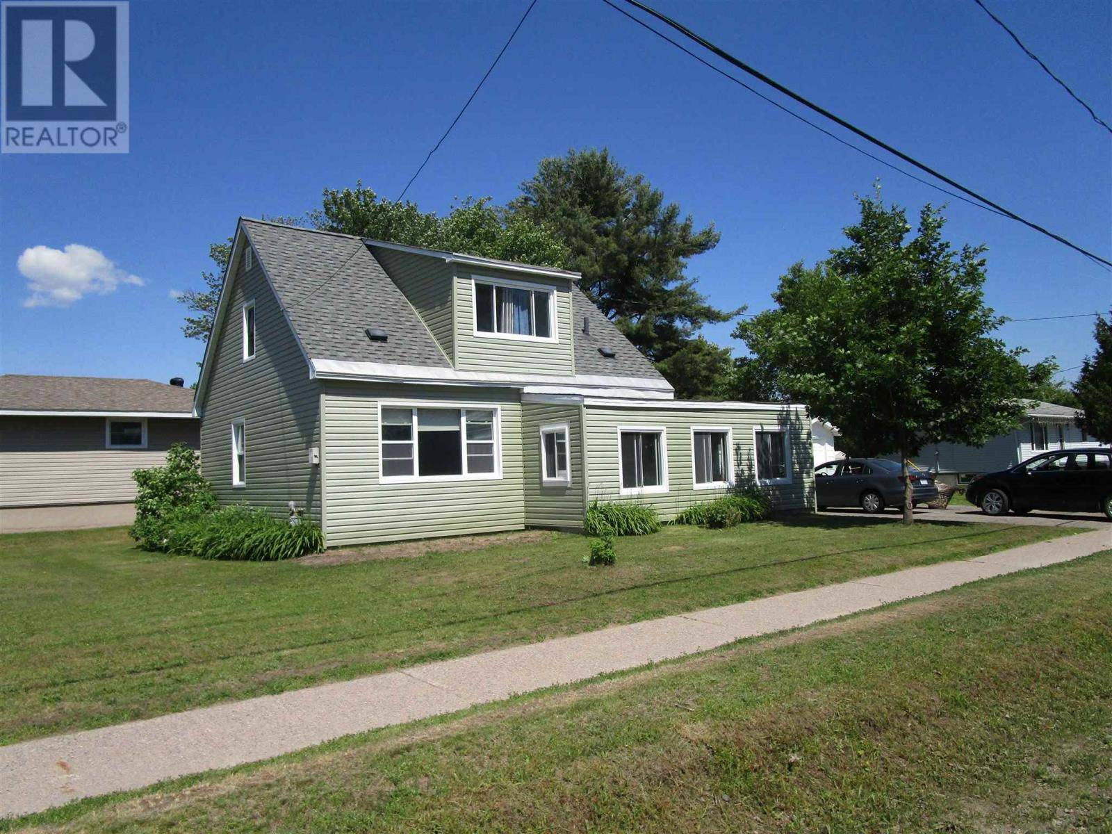 House for sale at 88 Adeline Ave Sault Ste. Marie Ontario - MLS: SM127863