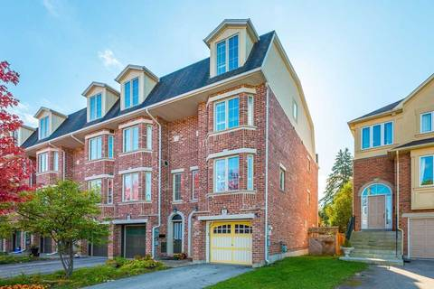 Townhouse for sale at 88 Benson Ave Richmond Hill Ontario - MLS: N4604911