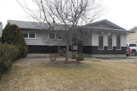House for sale at 88 Eden Ave Regina Saskatchewan - MLS: SK798036