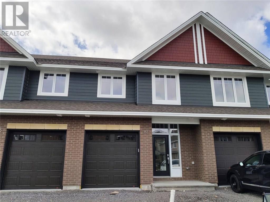 Townhouse for rent at 88 Escarpment Cres Ottawa Ontario - MLS: 1188301