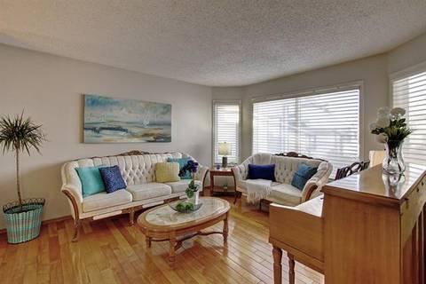 House for sale at 88 Sundown Green Southeast Calgary Alberta - MLS: C4283422