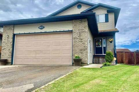 House for sale at 8802 61 Ave Grande Prairie Alberta - MLS: A1001916