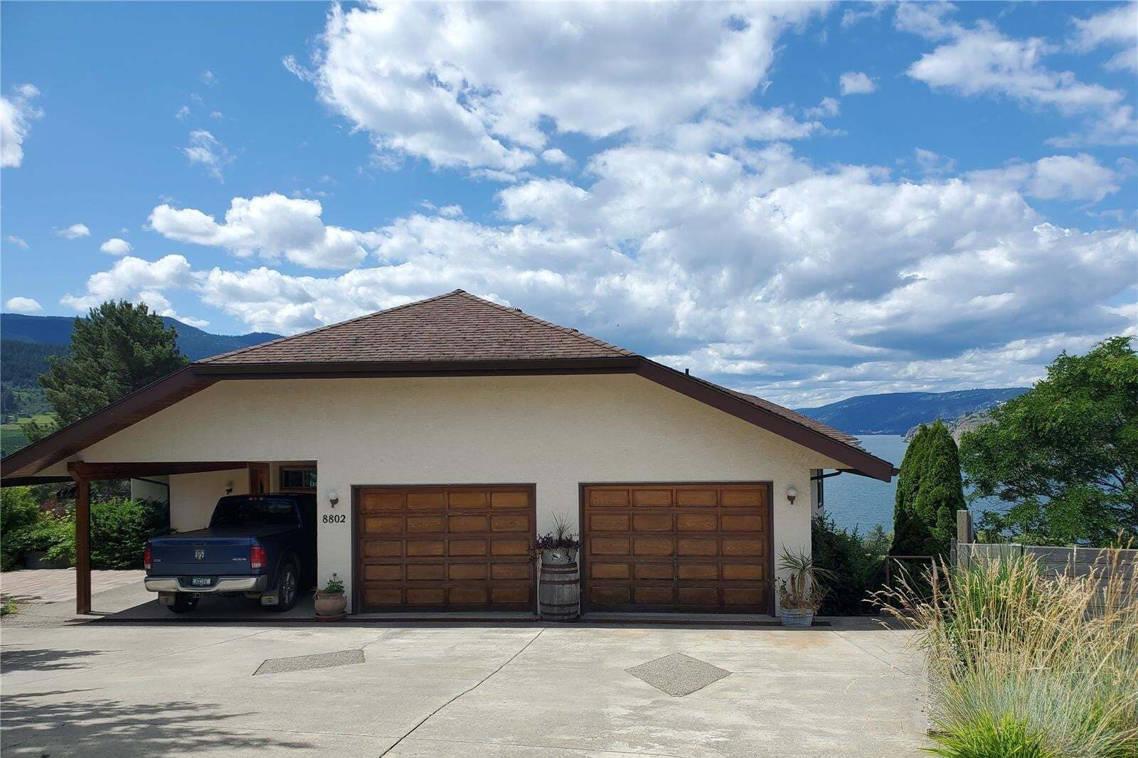 House for sale at 8802 Sunflower Pl Coldstream British Columbia - MLS: 10209626