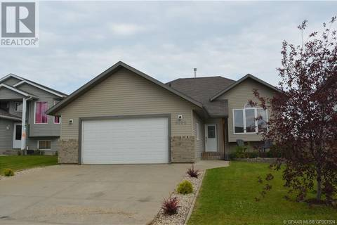 House for sale at 8805 113 Ave Grande Prairie Alberta - MLS: GP207824