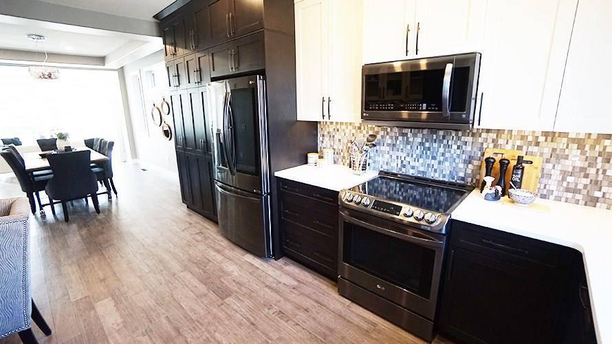8807 148 Street Nw, Edmonton | Image 2