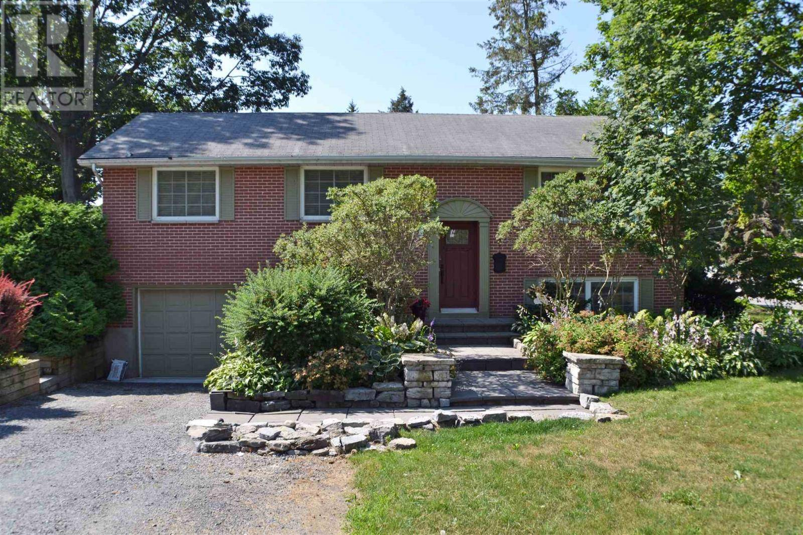 House for sale at 881 Front Rd Kingston Ontario - MLS: K19004997
