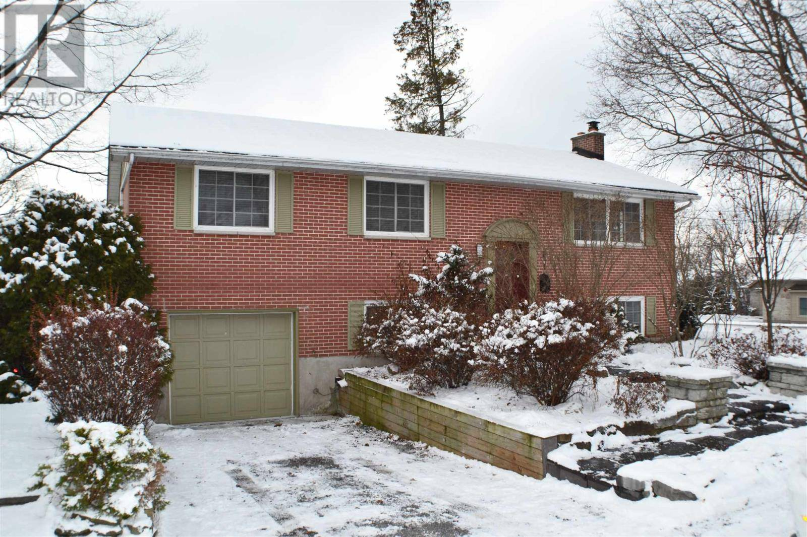 House for sale at 881 Front Rd Kingston Ontario - MLS: K20000485