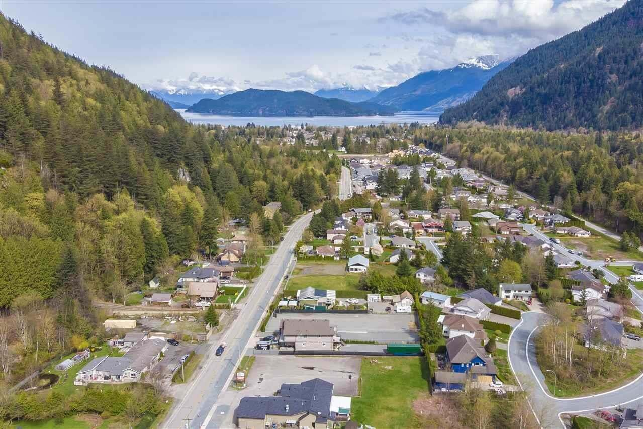 Home for sale at 881 Hot Springs Rd Harrison Hot Springs British Columbia - MLS: R2483137