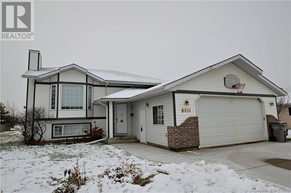 House for sale at 8811 107 Ave Grande Prairie Alberta - MLS: GP211894