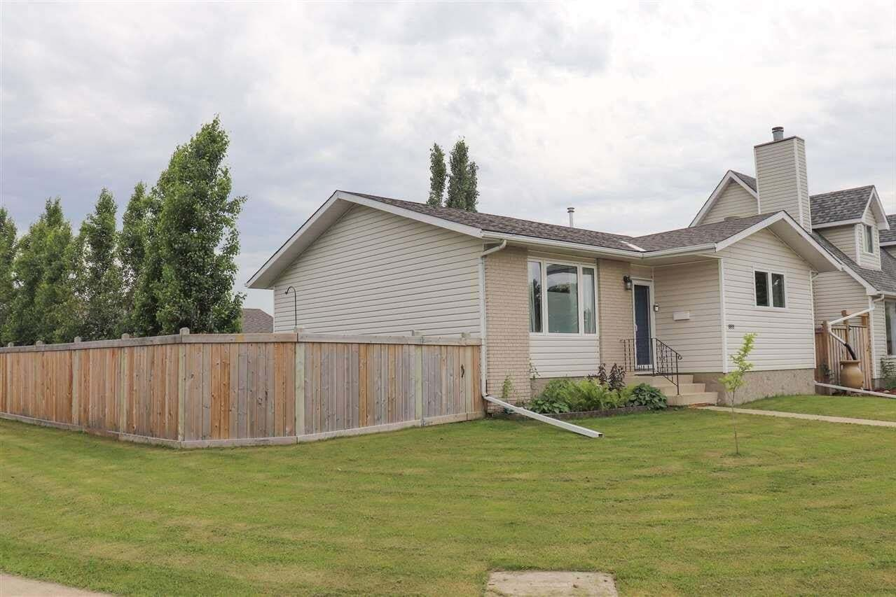 House for sale at 8811 152b Av NW Edmonton Alberta - MLS: E4205765
