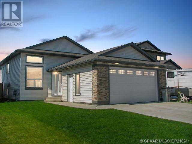 Townhouse for sale at 8826 88b St Grande Prairie Alberta - MLS: GP210241