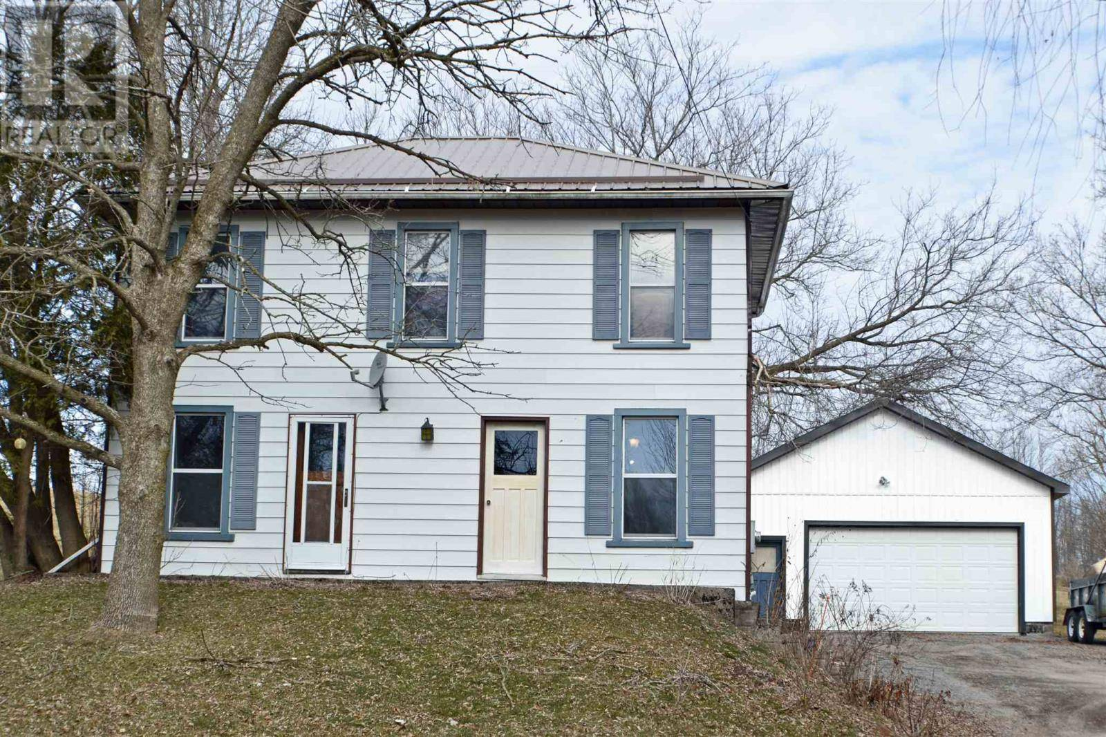 House for sale at 2 County Road 2 Rd W Unit 8833 Greater Napanee Ontario - MLS: K20001535