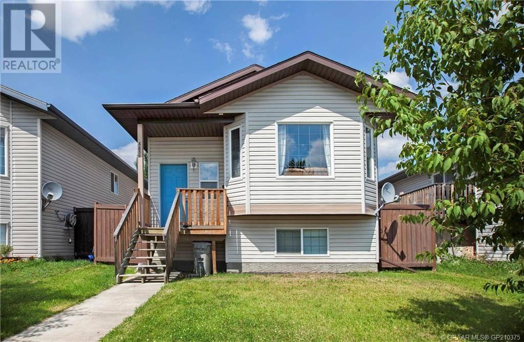 Townhouse for sale at 8834 66 Ave Grande Prairie Alberta - MLS: GP210375