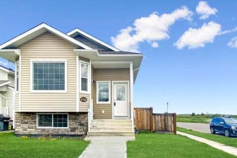 House for sale at 8836 96  Ave Grande Prairie Alberta - MLS: A1012635