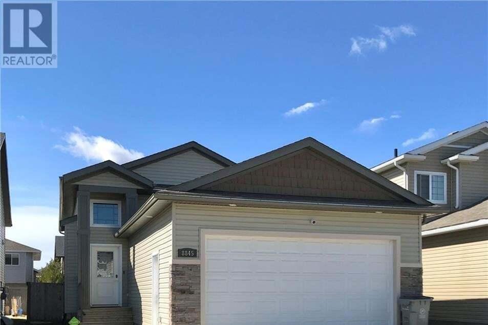 House for sale at 8845 96 Ave Grande Prairie Alberta - MLS: GP215264