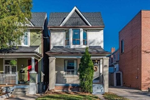 House for sale at 885 Shaw St Toronto Ontario - MLS: W4993025