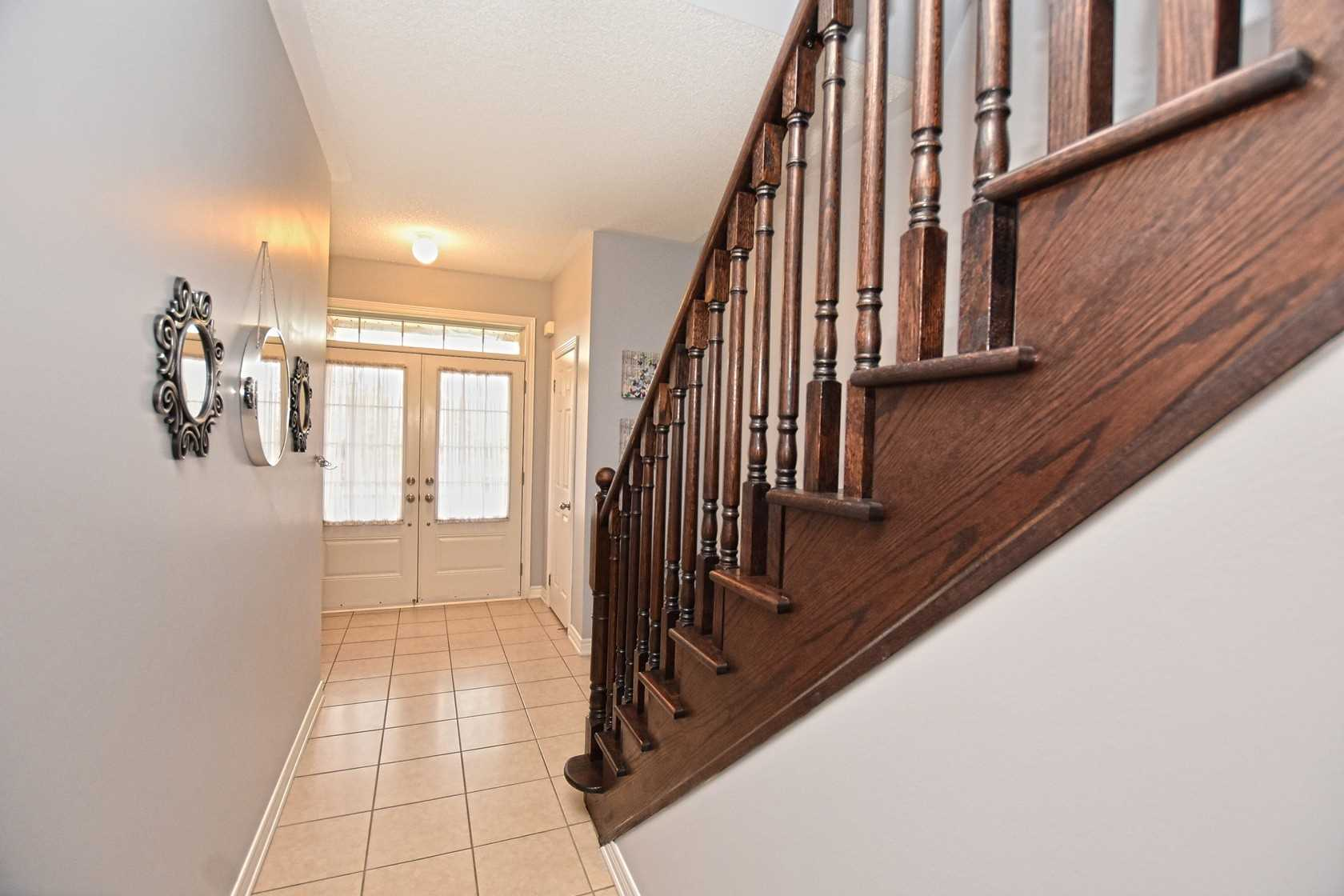 House for sale at 885 Transom Crescent Milton Ontario - MLS: W4331000