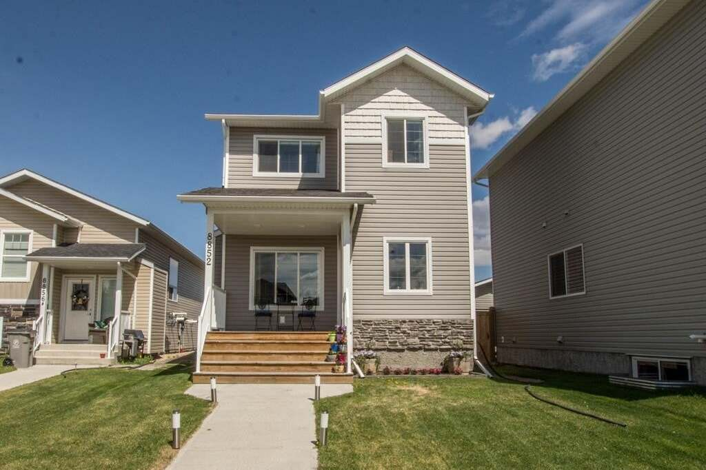 House for sale at 8852 96 Ave Grande Prairie Alberta - MLS: A1001487