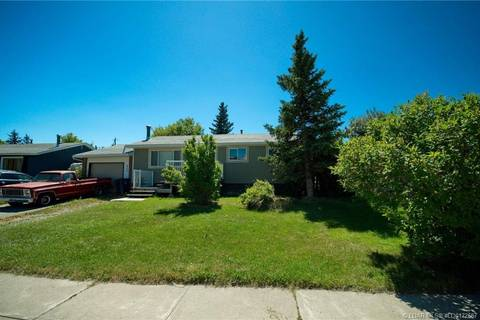 House for sale at 886 Elizabeth St Pincher Creek Alberta - MLS: LD0172687
