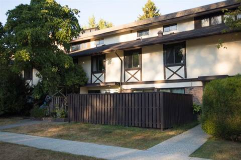 Townhouse for sale at 8867 Horne St Burnaby British Columbia - MLS: R2437245