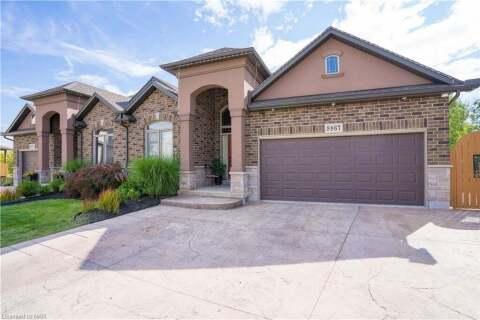 Townhouse for sale at 8867 Silverstar Ct Niagara Falls Ontario - MLS: 40036217