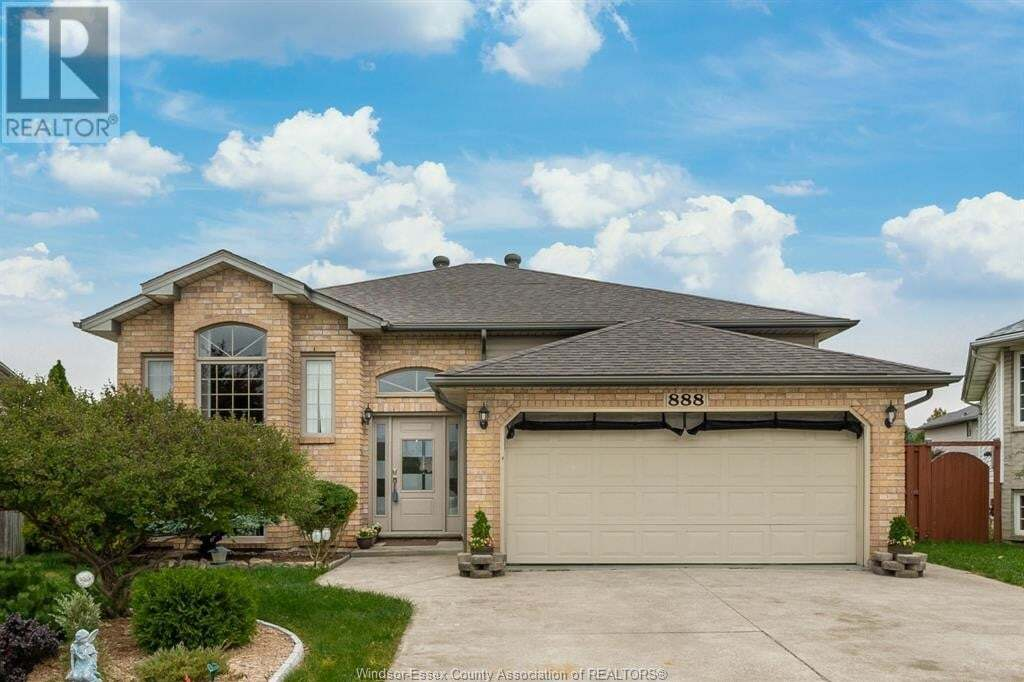 House for sale at 888 Dynasty  Windsor Ontario - MLS: 20012955