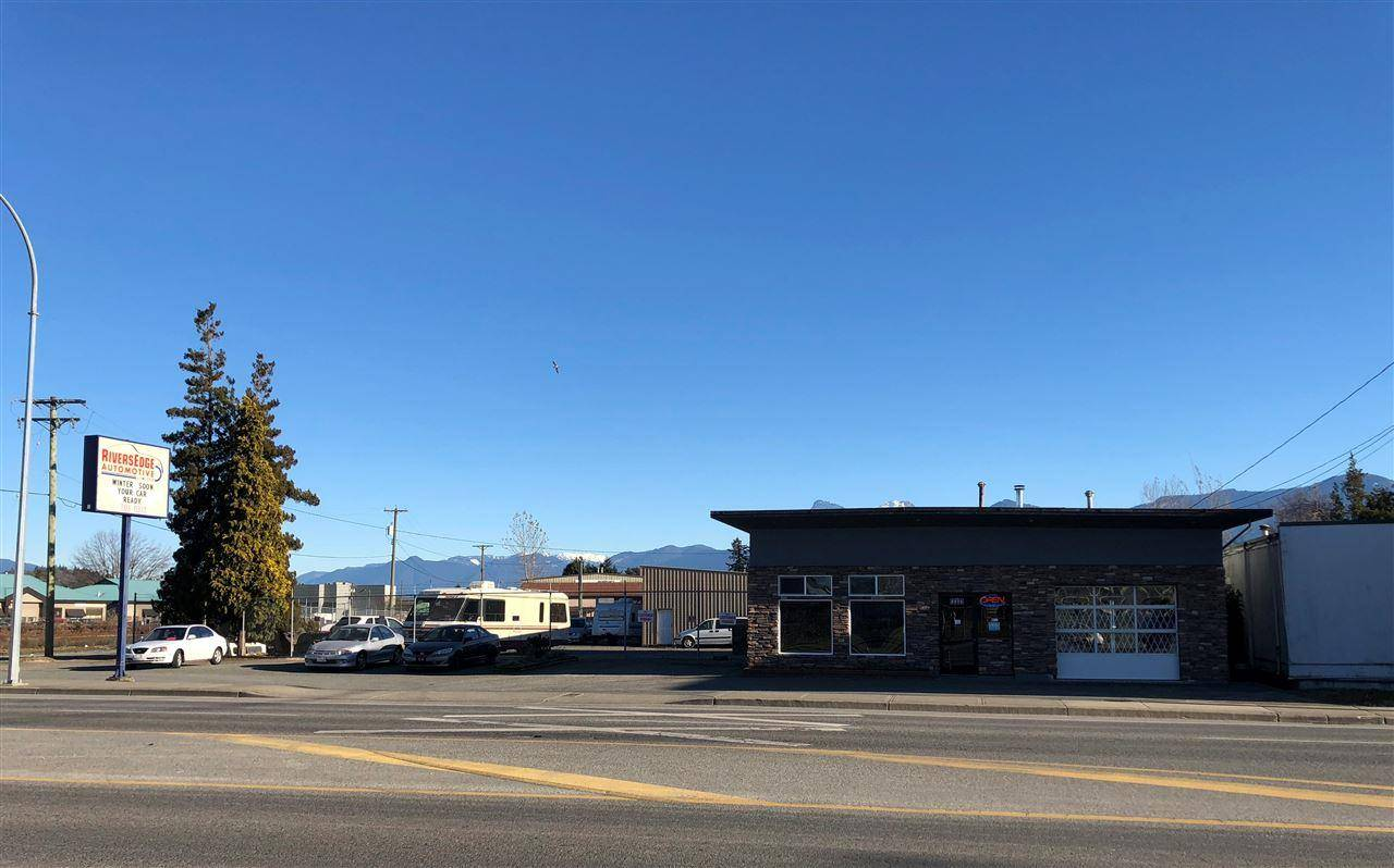 Commercial property for sale at 8896 Young Rd Chilliwack British Columbia - MLS: C8028381