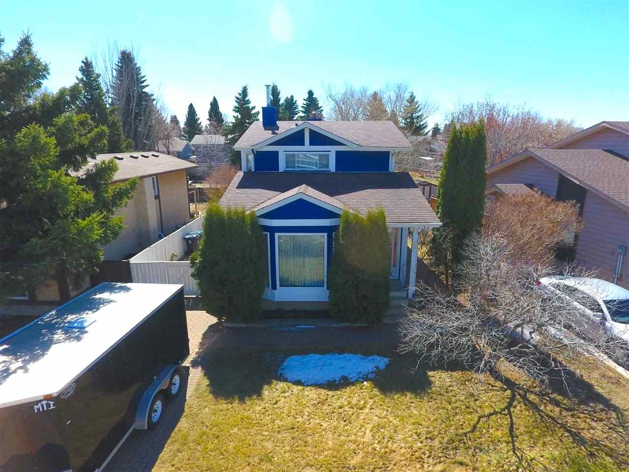 For Sale: 89 Greenwood Drive, Spruce Grove, AB | 4 Bed, 2 Bath House for $325,000. See 20 photos!