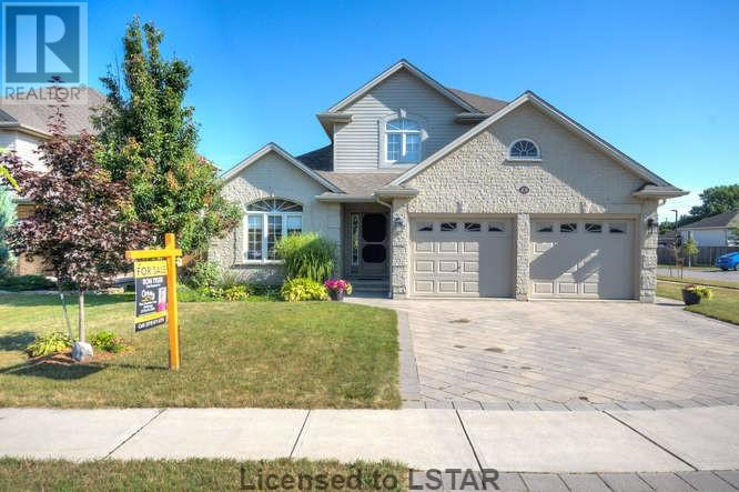 For Sale: 89 Laura Lane, Strathroy, ON | 4 Bed, 4 Bath House for $384,900. See 30 photos!