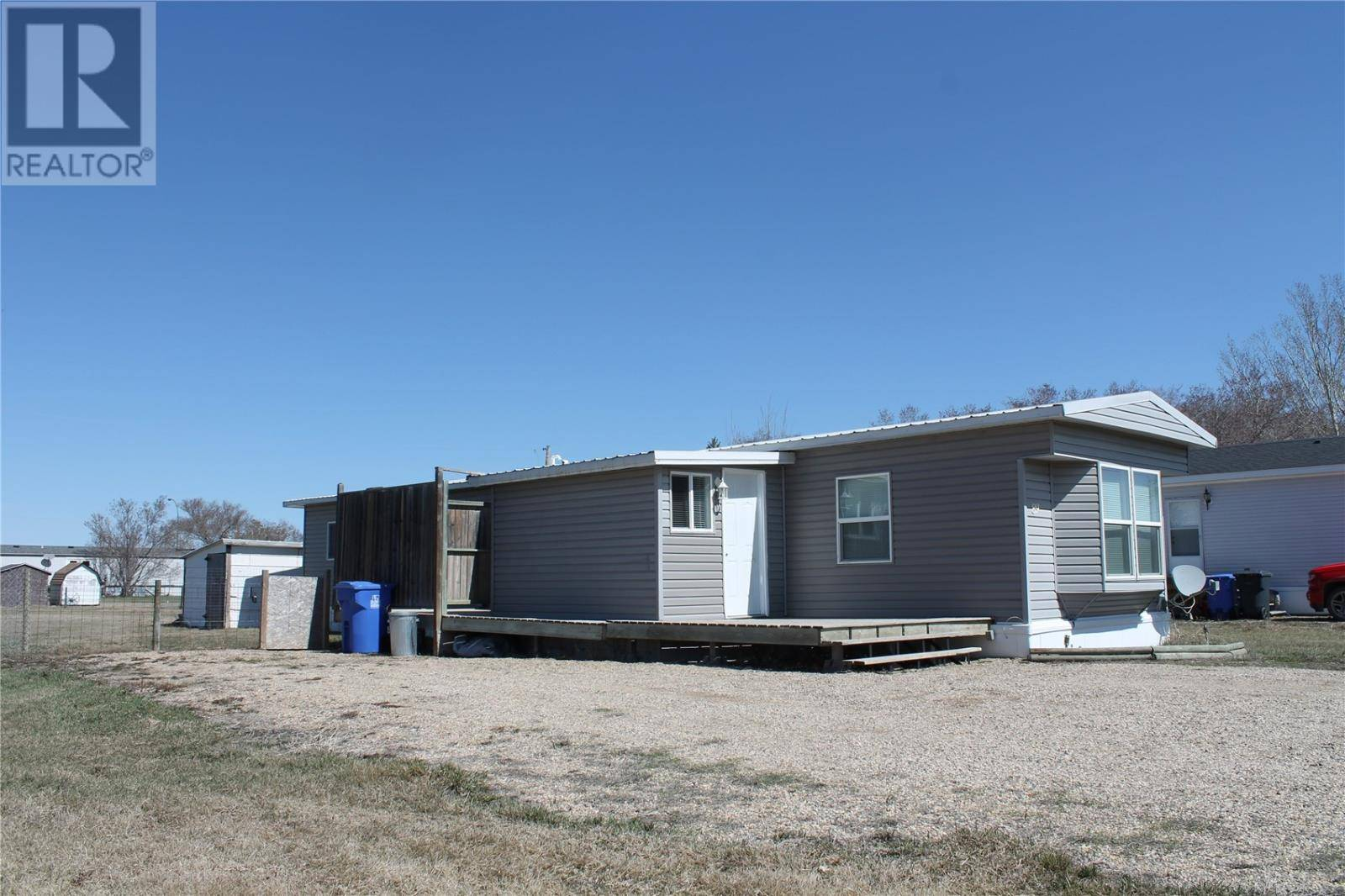 Home for sale at 89 Prairie Ave Arcola Saskatchewan - MLS: SK763094